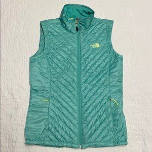 EUC! North Face Thermoball Eco Puffer Vest Green S